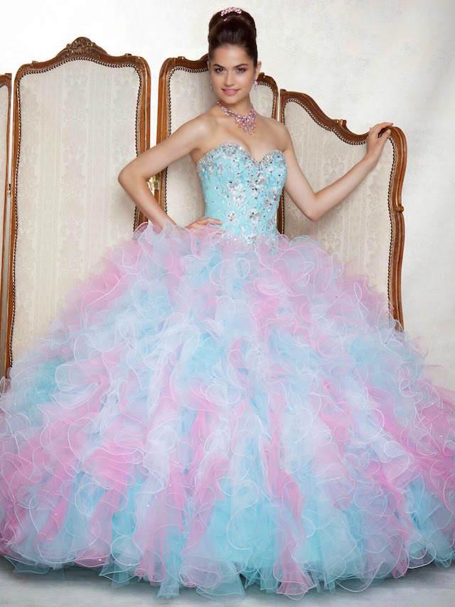 vestido inspirado cuento de hadas colores tiernos azul