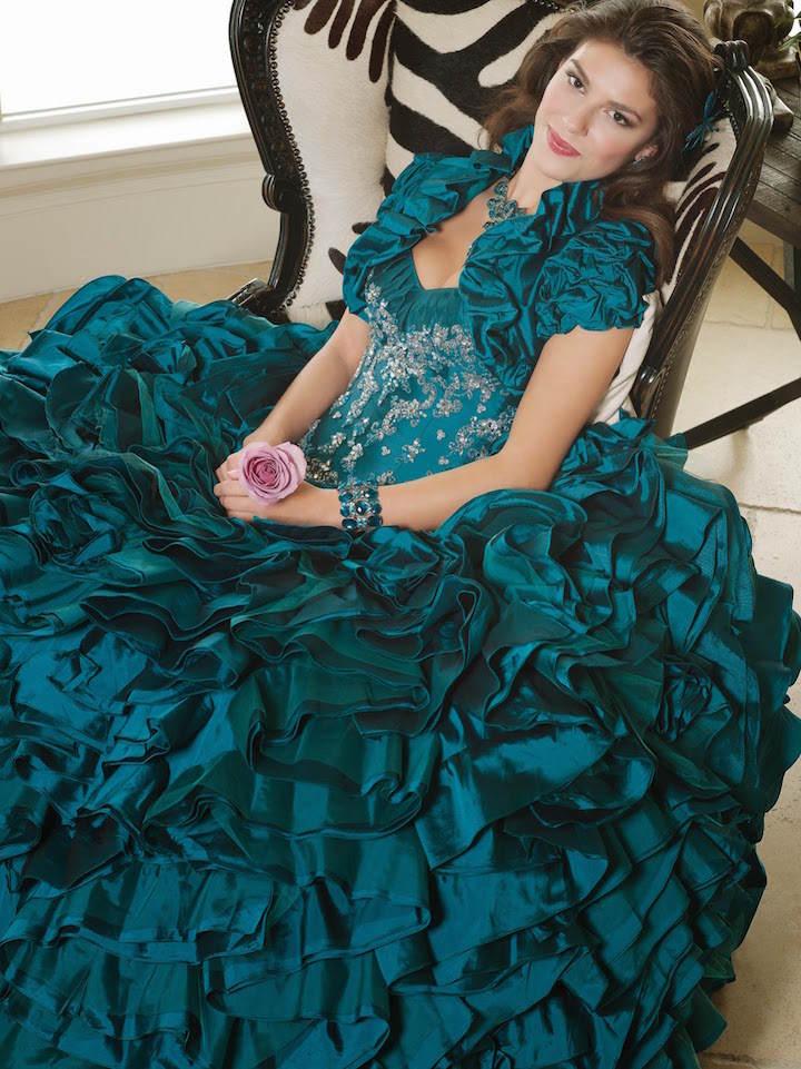 vestidos de 15 años estilo vintage moderno elegante