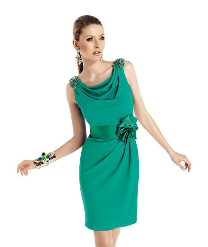 vestido de cóctel color verde las tendencias modernas