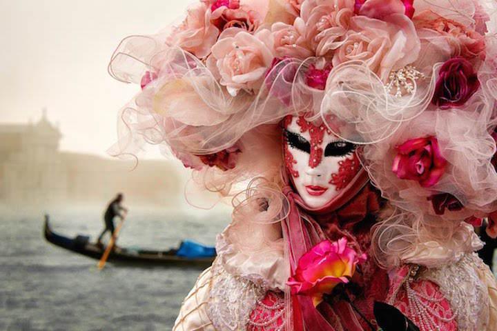 Carnaval Venecia acento máscaras características