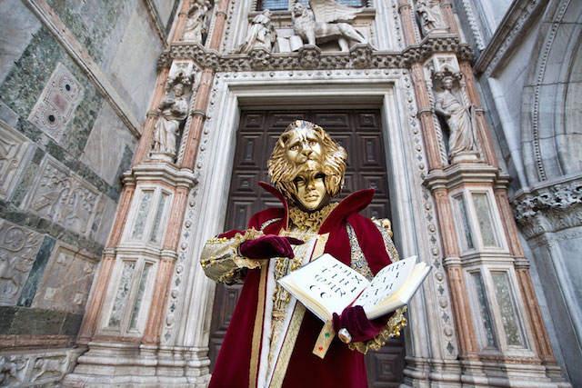 Carnaval de Venecia 2015 evento exuberante