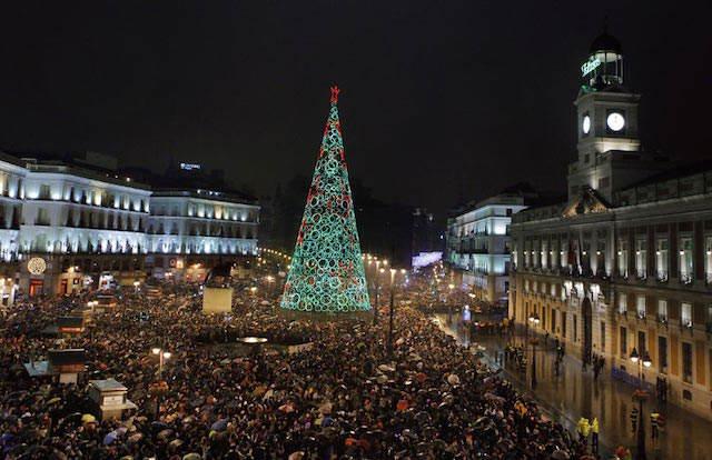 España Madrid año nuevo celebración multitud frases deseos