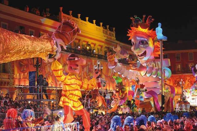 Niza Francia carnaval suntuoso celebración