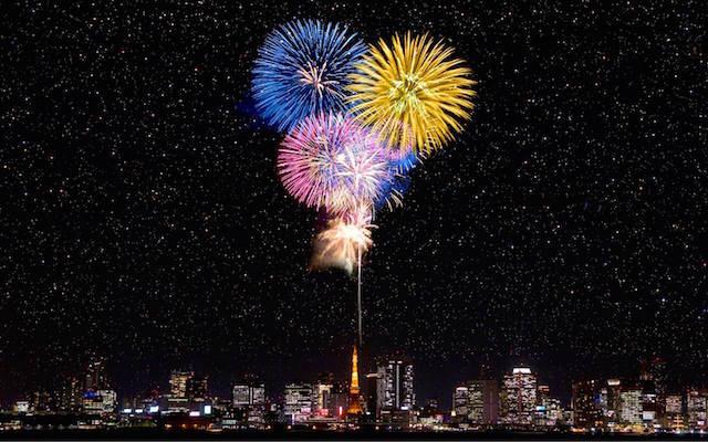Tokio celebrar Año Nuevo pirotecnica