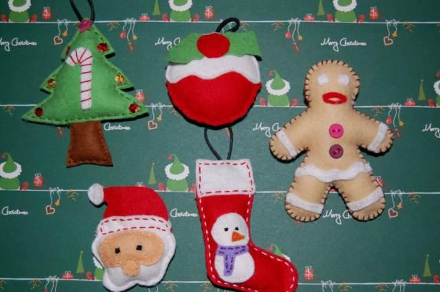 adornos Navidad fieltro ideas diferentes