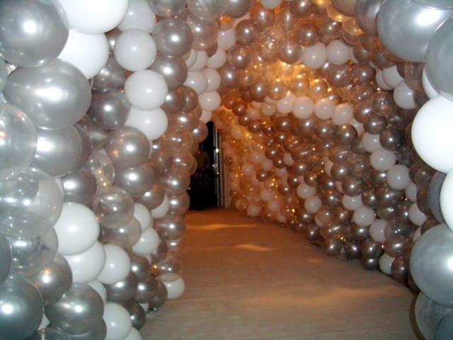 arco de globos entero entrada decorada innovadora
