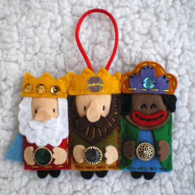 broche colgante tres reyes oriente decoración mano