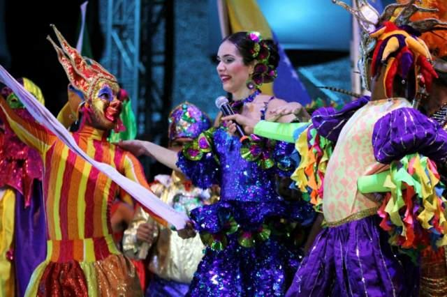 carnaval de Barranquilla disfraces maravillosos bailes