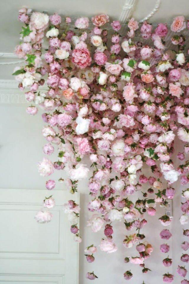 decoración cascada flores de papel tiernos