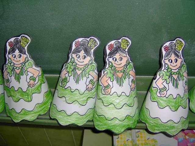 decoración hecha a mano bailarinas flamenco verdes