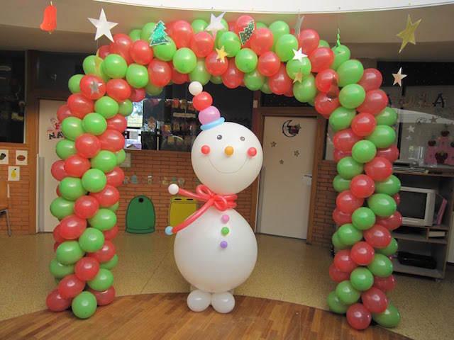 decoración navideña globos arco muñeco de nieve