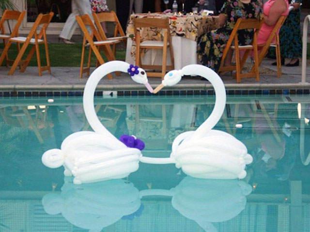 Interesantes ideas para decoraci n con globoflexia for Arreglos con globos para boda en jardin