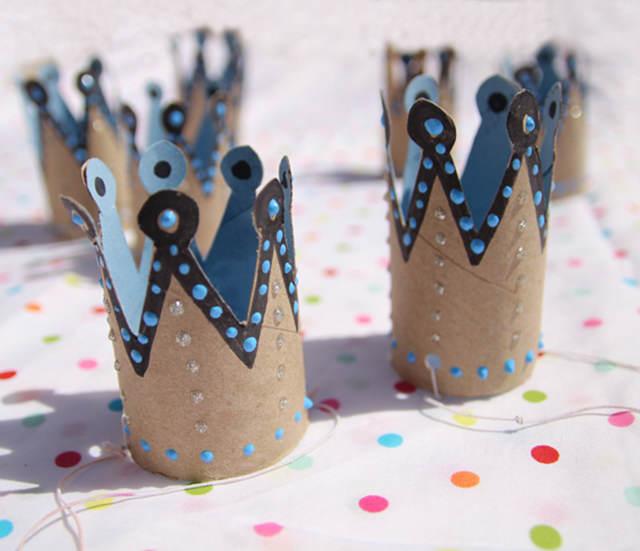 decoración temática coronas pintadas reyes magos oriente