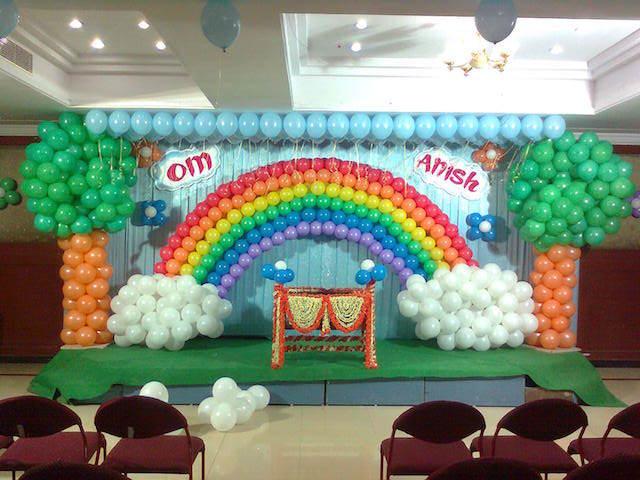 decorado teatral globos pintados