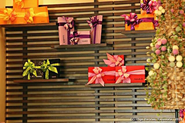 decorar regalos pared crear atmosfera divertida agradable