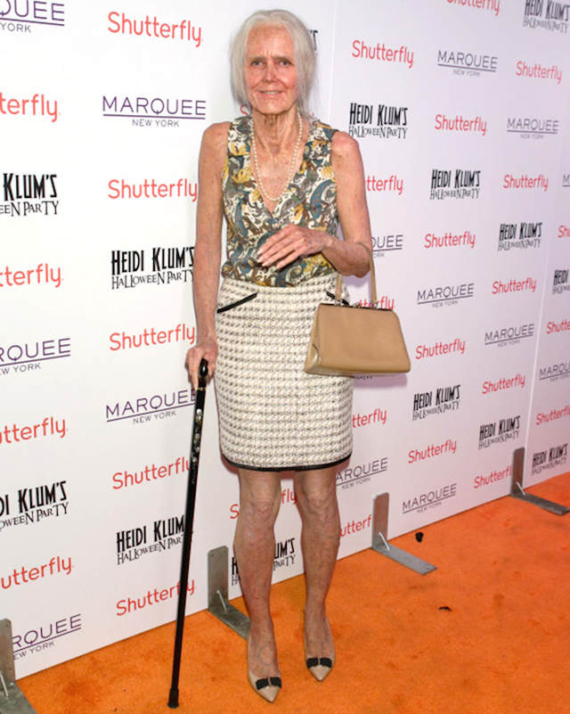 disfraces originales Heidi Klum como vieja