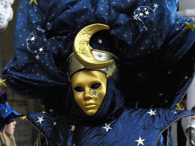 disfraz carnaval interesante diferente luna