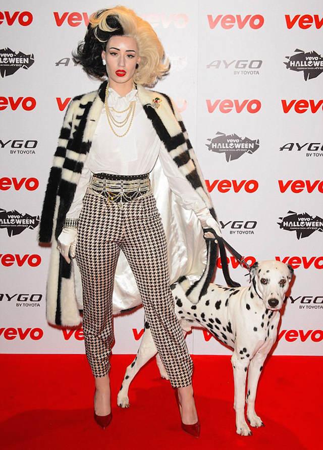 disfraz precioso Cruella de Vil Iggy Azalea