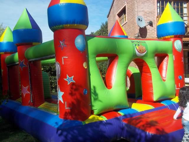 divertimientos niños castillo inflable