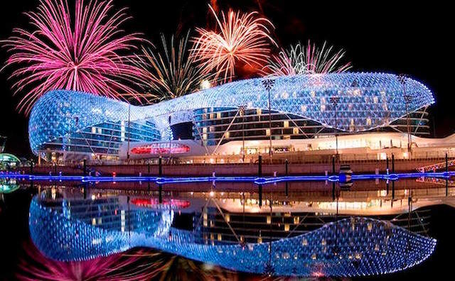 festejar Año Nuevo exótico Abu Dabi
