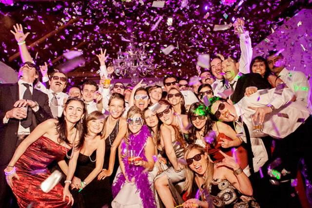 fiesta año nuevo amigos atmósfera preciosa