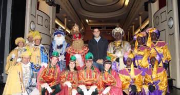 fiesta-tematica-reyes-magos-adultos-disfraces