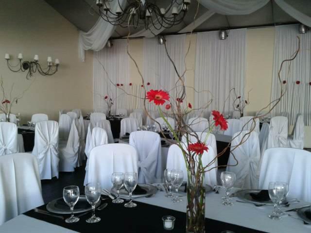 flores decoración sencilla elegante eventos corporativos