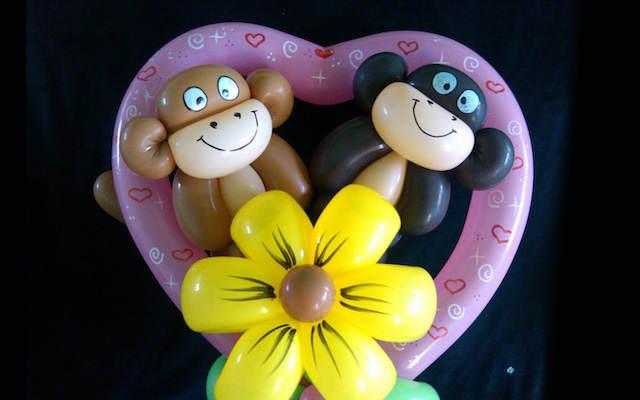 formas de globos día san Valentín sorpresa