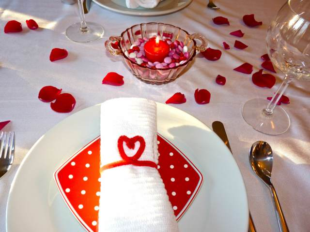 decoración mesas ideas fiesta San Valentín