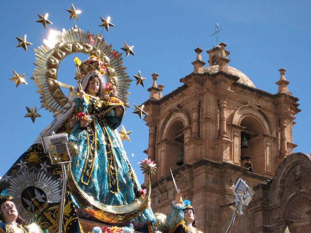 imagen virgen Candelaria procesión calles principales