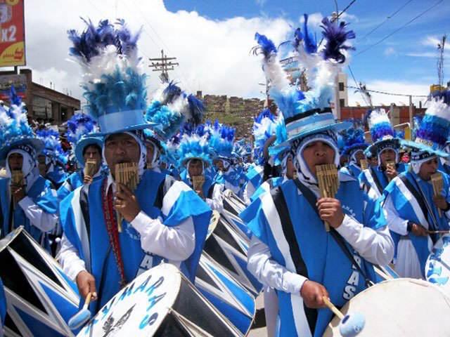 procesión música instrumentos tradicionales