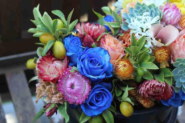 ramo enorme diferentes flores colores tiernos