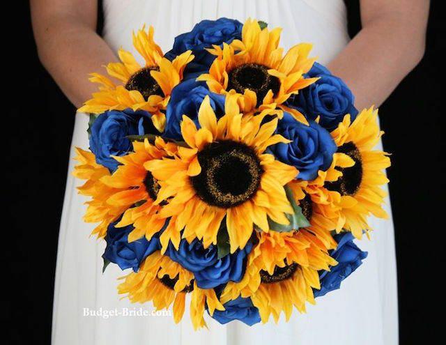rosas azules mirasoles combinación preciosa moderna