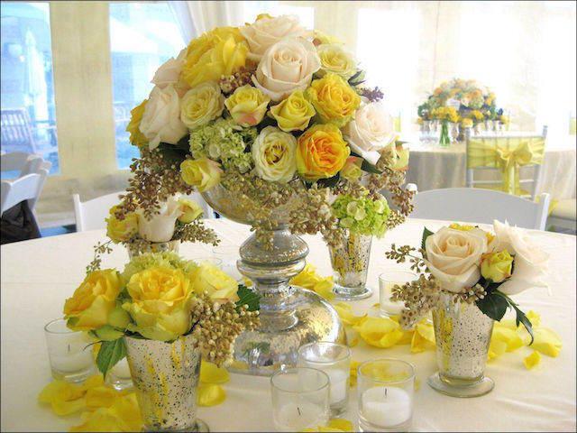 rosas blancas amarillas decoración estilo vintage