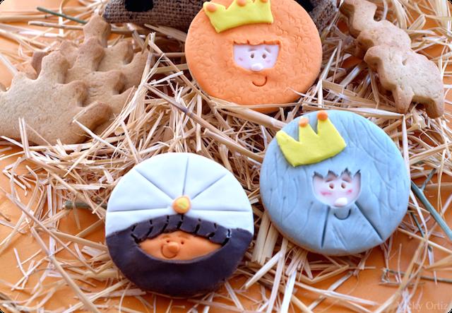 día 6 de enero galletas forma Reyes