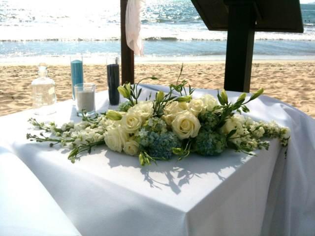 arreglos mesa boda fabulosa playa flores decoración