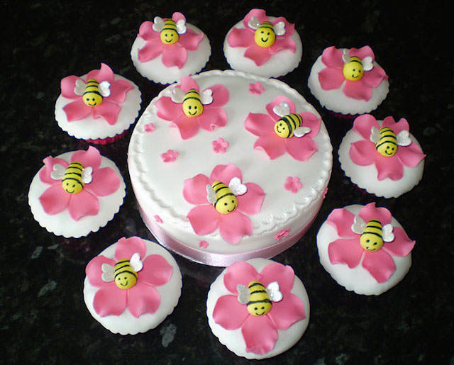 baby shower cupcakes pastel abejas simpáticas