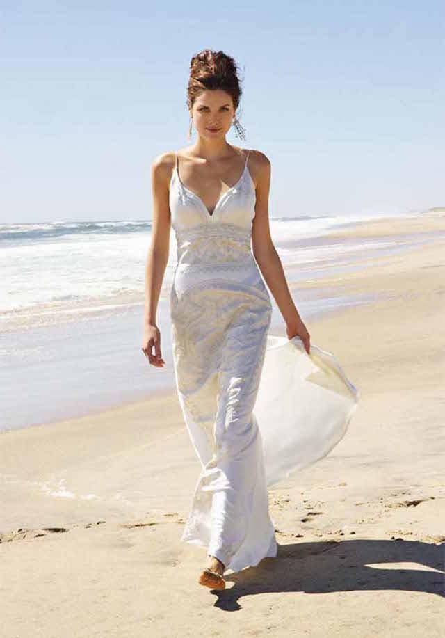 bodas en la playa vestido precioso peinado