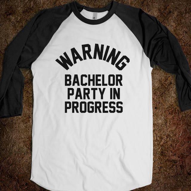 camiseta temática letrero despedida novio amigos