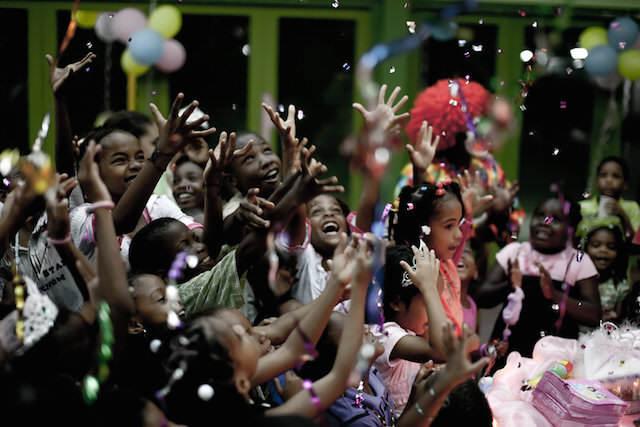 celebración fiesta exuberante música moderna
