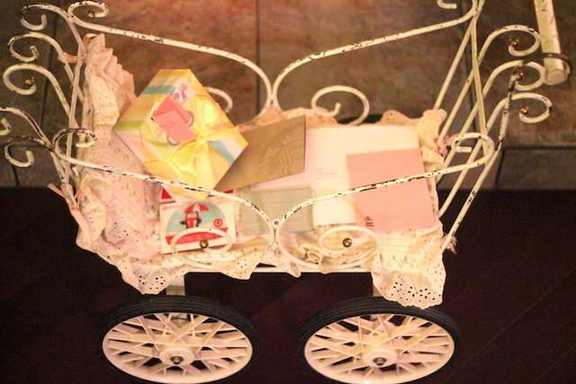 cochecito bebé vintage decoración de baby shower