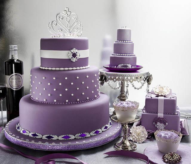 color lila decoración tierna boda