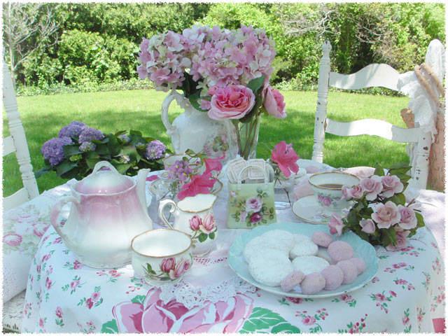 colores suaves rosa verde menta decoración mesa flores primavera