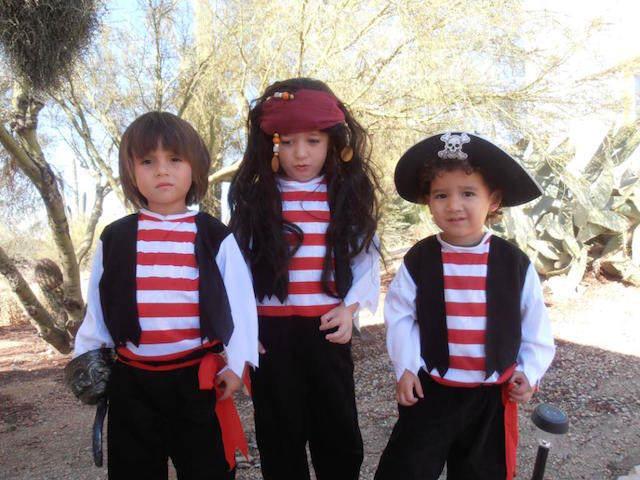 cumpleaños temáticos pirata disfraces iguales
