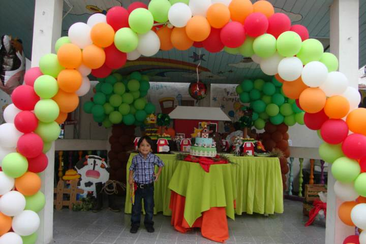 decoración de globos original fiesta infantil juegos divertidos