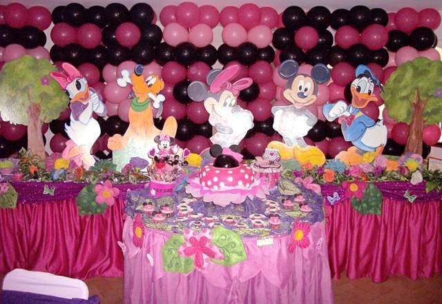 decoración de globos idea temática fiesta infantil juegos