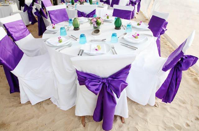 decoración evento color lila acento vivo