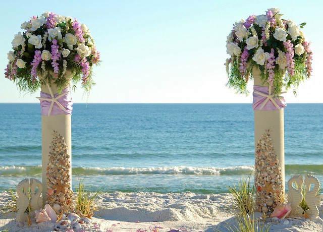 decoración preciosa exuberante bodas en la playa