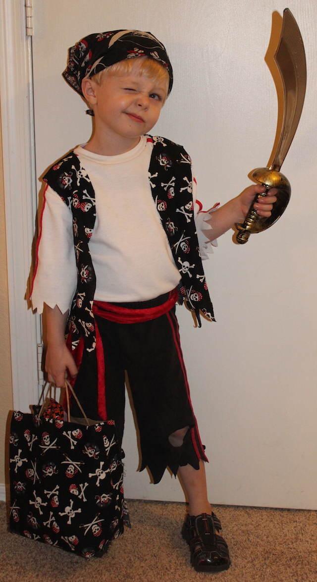 disfraz de pirata accesorio espada pañuelo temáticos