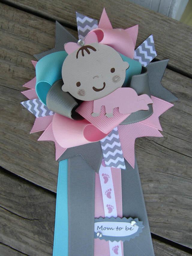 distintivos para baby shower bebé niña estupenda